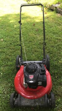 Red and black push mower Keedysville, 21756