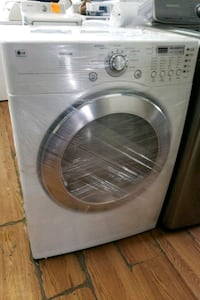 LG FRONT LOAD WASHER AND GAS DRYER  Long Beach, 90840