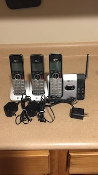 black and gray Vtech wireless home phone 197 mi