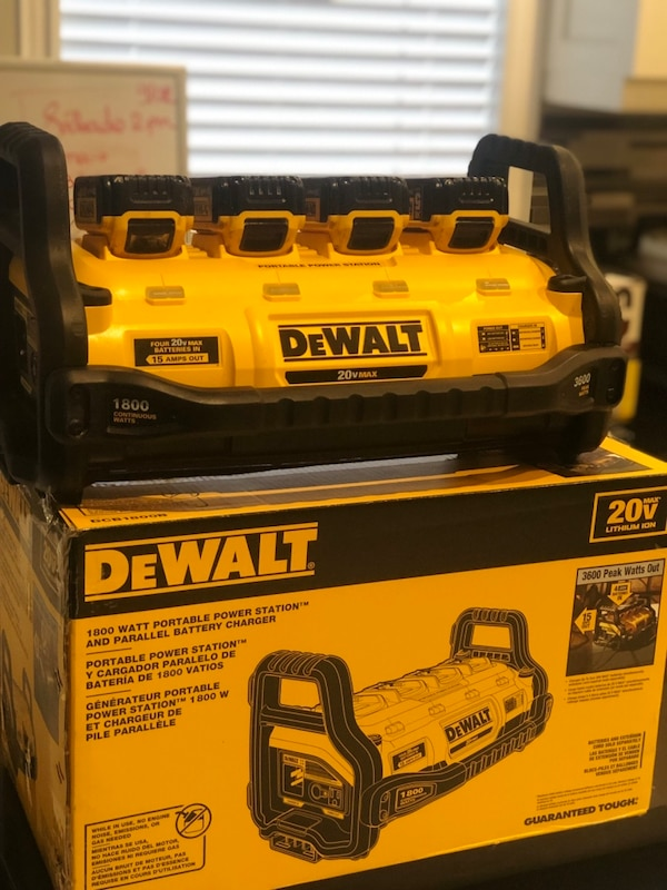 DeWalt charger and battery's