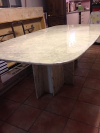 100% marble, perfect condition. Please contact.