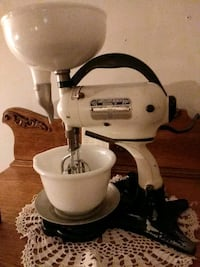 Antique Hamilton Beach Electric Mixer.  Manassas, 20110
