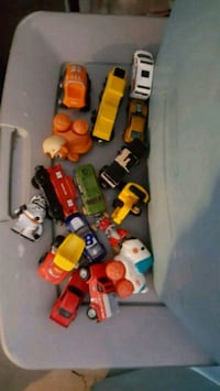 assorted-color plastic toy lot Perris, 92571