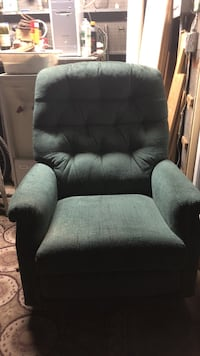 Lazy Boy Emerald Green Recliner Alhambra, 91803