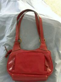 Red purse... Houston, 77009