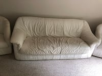 White leather couch Mc Lean, 22102
