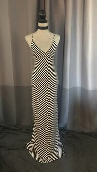 Black and white maxi dress. Size small