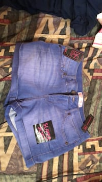 shorts size 11 Logansport, 46947