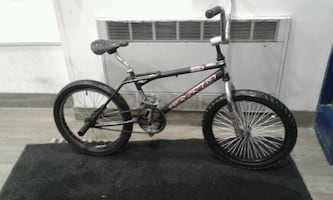 Bmx DYNO GT or trade for nice cell phone