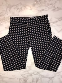 Slim cropped pants size 0  Mississauga, L5M 3X6