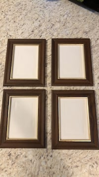 4 Wood Picture Frames ($5 for all 4) Fort Drum