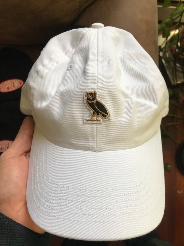 483baa1c444 Used OVO dad hat. White for sale in New York - letgo