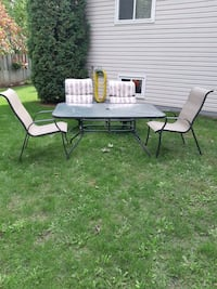 Patio Table and Chairs  Barrie