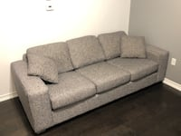 Urban barn sofa New Tecumseth, L9R