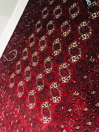 Hand made Persian carpet prefect condition..