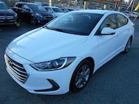 2017 Hyundai Elantra GL WITH REAR VIEW CAMERA Surrey, V3T 2T3