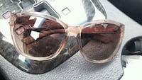 GUESS womens sunglasses Barrie