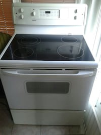 white and black induction range oven Ottawa, K2G 2S6