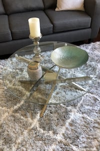 Chrome and glass coffee table and end table Savage, 55378