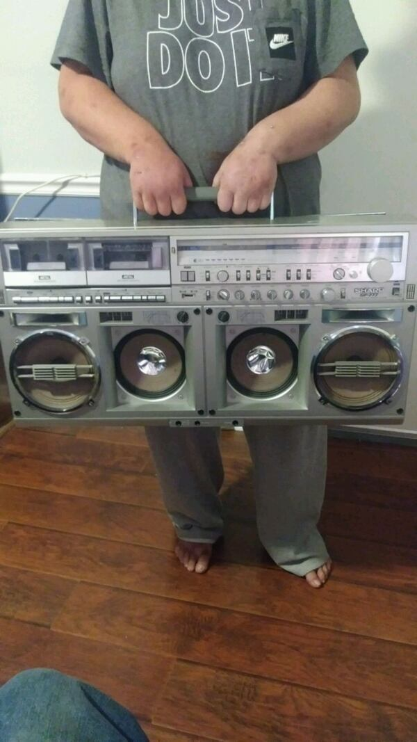 Double cassette player &  AM/FM Radio  1f5dd4c4-3983-49c8-b2bf-d18f88701e28