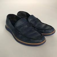Cole Haan Men's navy loafer sz. 8 with lunar sole New York, 10018