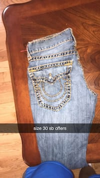 size 30 trueys- message for more pics Courtice, L1E 3B9