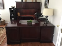Executive Desk CHANTILLY