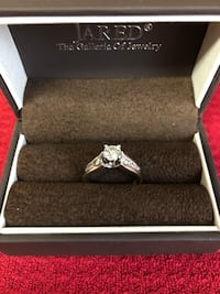 Wedding ring. Size 9.5. Ring has never been worn. I have all the paperwork and appraisal Orangevale, 95662