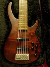 ROGUE 6 String Active Bass Guitar with hard-case and strap