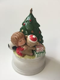 CHRISTMAS TREE FIGURINE WITH LITTLE BOY - MUSICAL - CLOSE TO SHOPS AT DON MILLS Toronto