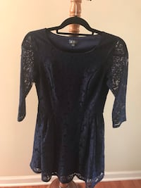 Lily Rose Navy Blue Lace Dress - Juniors size small Harrisburg, 17112