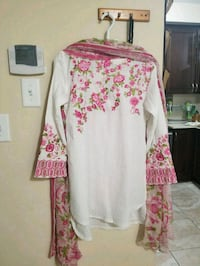 pink and white floral long sleeve dress Brampton, L7A 0B2