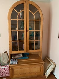 brown wooden framed glass display cabinet Alexandria, 22314