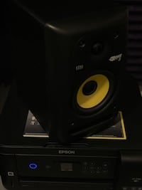 Single KRK Rockit 5 Monitor