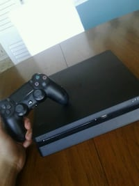 black Sony PS4 slim console with controller Wilmington, 19803