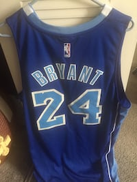 Blue and white los angeles lakers 24 jersey Schaumburg, 60193
