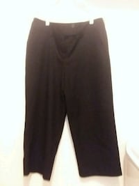 Ladies Black Crop pants  Canal Winchester, 43110