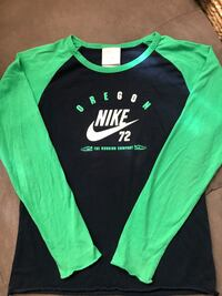 Nike long sleeve (boy)  Toronto, M3K 1E4