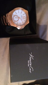 Brand new Kenneth Cole new woman's watch great Xmas gift  Laval, H7T 2B1