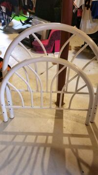 White metal headboard and footboard Innisfil, L9S 5A5