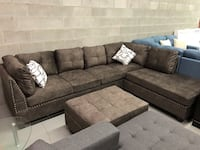 Brand new large brown fabric sectional sofa with storage ottoman and reversible chase  多伦多