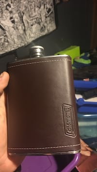 brown and gray Coleman flask Thousand Oaks, 91360