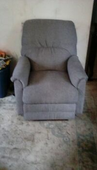 New never used recliner South Bend
