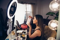"Create Great Lighting At Home!! 13"" LED Diva Beauty Ring Light Kit /PhotoVideoSpot . ca Toronto"