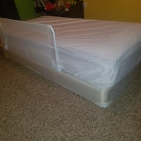 Twin mattress, box spring, mattress cover and infant rail Brandywine