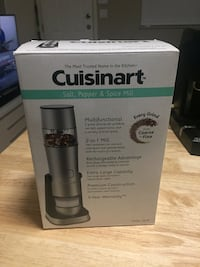 *reduced* BNIB Cuisinart salt pepper and spice mill Vancouver, V5N 5G2