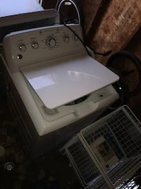 Ge washer and dryer set.