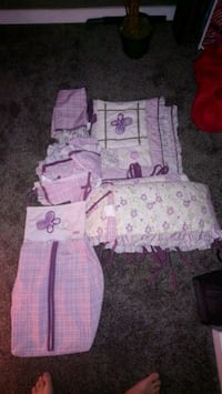 Crib bedding set  Calgary, T1Y 2R6