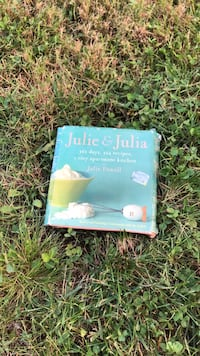 CD book by Julie Powell. Julie & Julia.  365 days, 524 recipes, 1 tiny apartment kitchen   Anmore, V3H