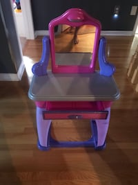 Toy Hair and Make-Up Table Brampton, L7A 2P4